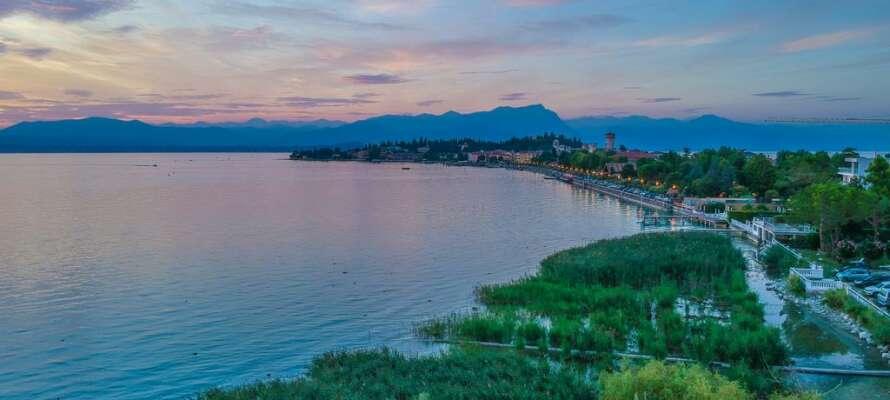 Hotellet bjuder på ett bra läge, med närhet till familjeattraktioner som Gardaland, Movieland, och Naturparken.