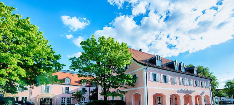 Hotellet er et traditionelt bayrisk hotel med fire stjerner.
