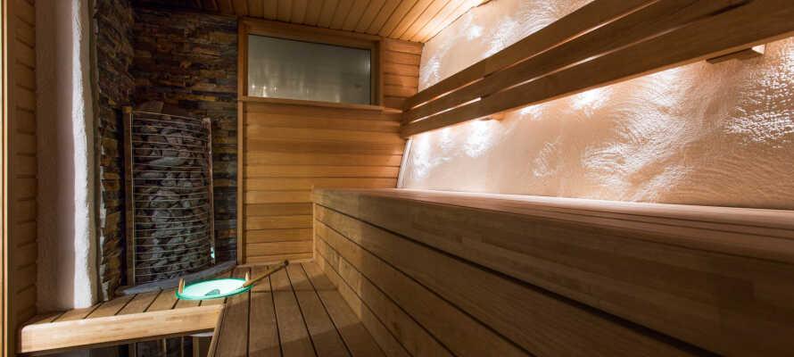 Hotelpakken inkluderer adgang til Harmony Spa i receptionens åbningstider - forkæl jer selv med sauna og boblebad.