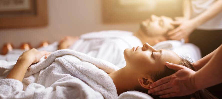 Sie können sich auch eine Massage oder Schönheitsbehandlung gönnen.