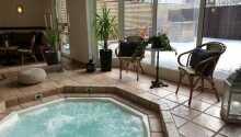 Her kan I nyde godt af hotellets hot tubs, sauna og boblebad i Harmony Spa.