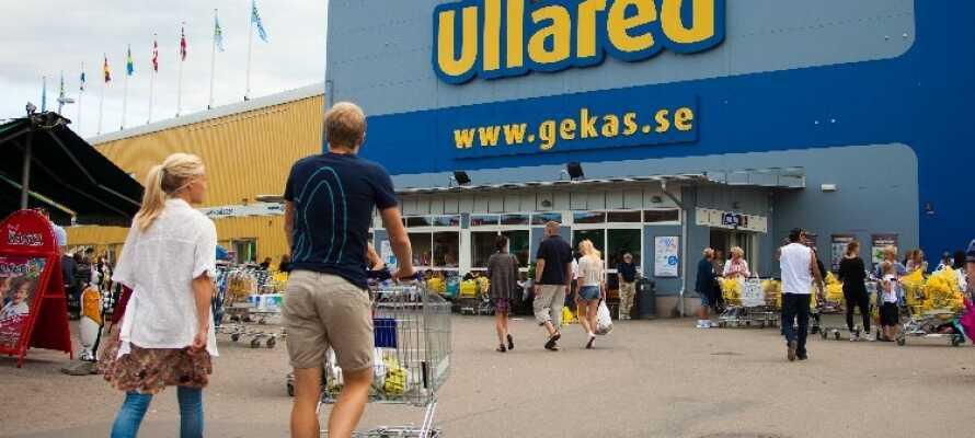 Das Route 154 Motel liegt nahe der Stadt Ullared, in der sich Skandinaviens größtes Kaufhaus das Gekås Ullared, befindet.