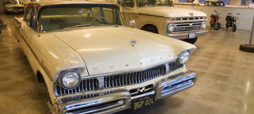 Hotellet har egen udstilling af veteranbiler og andre nostalgiske køretøjer og gadgets, som er sjovt at opleve for hele familien.