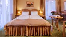 Hotellets trevliga enkel- och dubbelrum där ni kan känna er som hemma under er semester