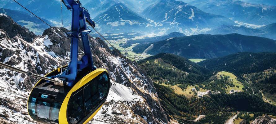 Vistelsen inkluderar också ett Schladming-Dachstein kort med vilket ni bland annat bjuds på en tur i bergbanan.