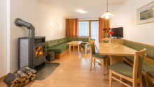 De flotte Dachstein-værelser tilbyder to ekstra opredninger og er det perfekte valg for en familieferie med to børn.