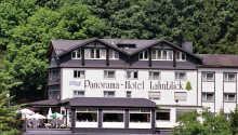 Det familiedrevne Hotel Lahnblick ønsker velkommen til et hyggelig opphold i Bad Laasphe.