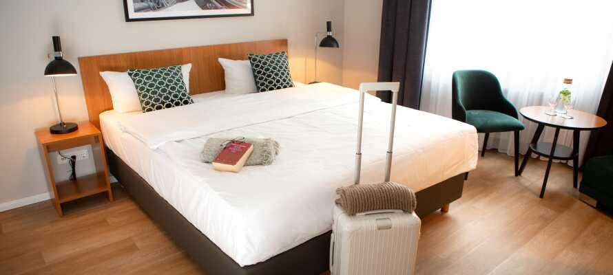 På Comfort Hotel Tom Kyle erbjuds ni ett bekvämt boende i rymliga rum.