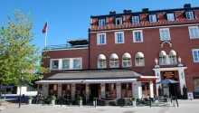 Hotel Bishops Arms Strängnäs byder velkommen til et herligt ophold, centralt i Strängnäs.