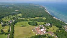 Højstrupgård ønsker deg velkommen i vakre omgivelser nær kysten av Helsingør og Nordsjælland.