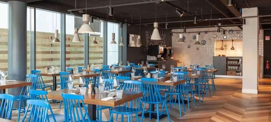 Dere får en perfekt start på dagen med en god frokostbuffet, som serveres i hotellets hyggelige rammer.