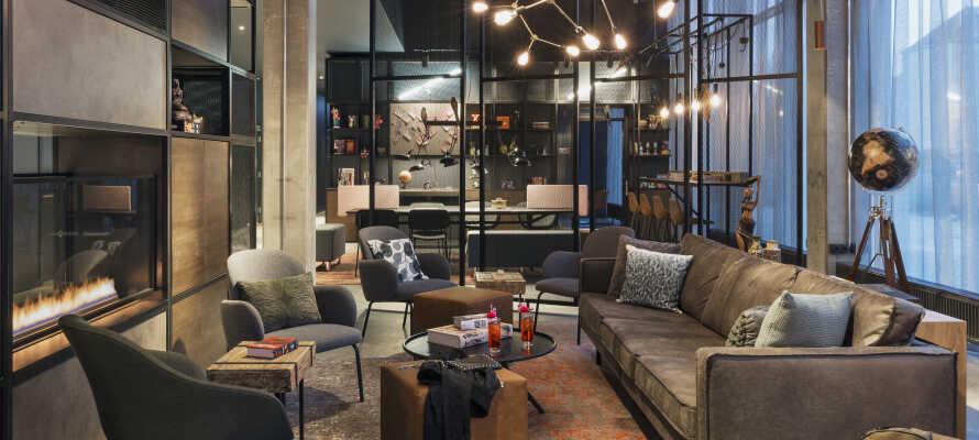 Dette karakterfulle hotellet har en flott innredning, og danner unike rammer om storbyferien deres i København.