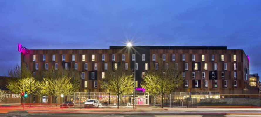 Oppholdet inkluderer gratis parkering, noe som langt fra er standard i Københavnsområdet, så dere får mye for pengene.
