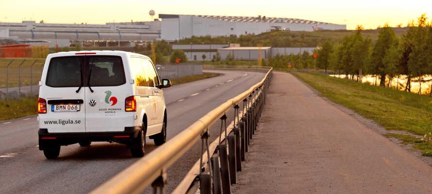 Hotellet tilbyr gratis transport frem og tilbake til hotellet og Arlanda Lufthavn.