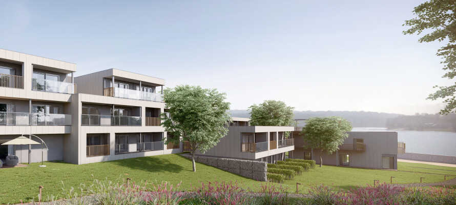 Das Hotel ist von wunderschöner Natur umgeben, in der Nähe des Sees im Dorf Boussu-lez-Walcourt