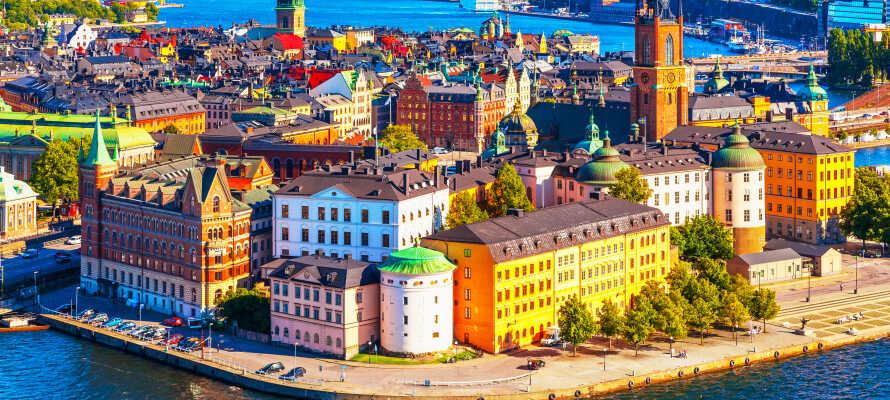 Bo i ett lugnt område vid Eskilstunaån i närheten till Stockholm .
