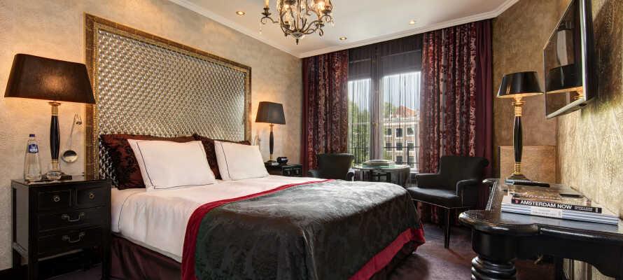 Hotellets værelser tilbyder en skøn 4-stjernet kvalitet, og flere af dem har udsigt.
