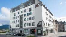 Das First Hotel Atlantica befindet sich in reizvoller Lage, im Herzen der westnorwegischen Stadt Ålesund.