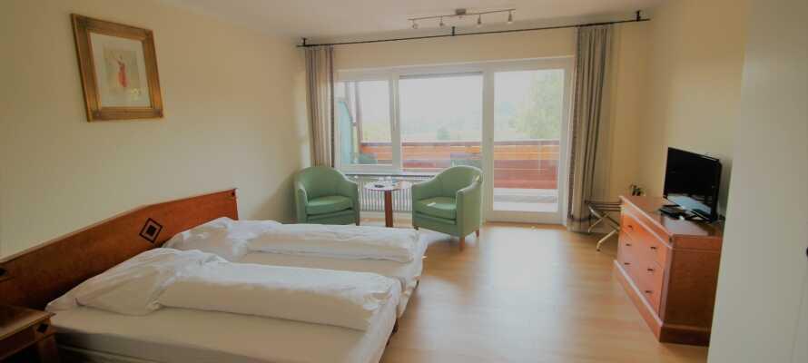Geräumige Zimmer bieten viel Platz auch für längere Aufenthalte.