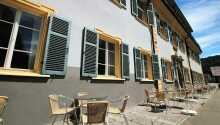 Hotellet ligger i skønne, grønne omgivelser mellem Schwarzwald og de Schwabiske alper.