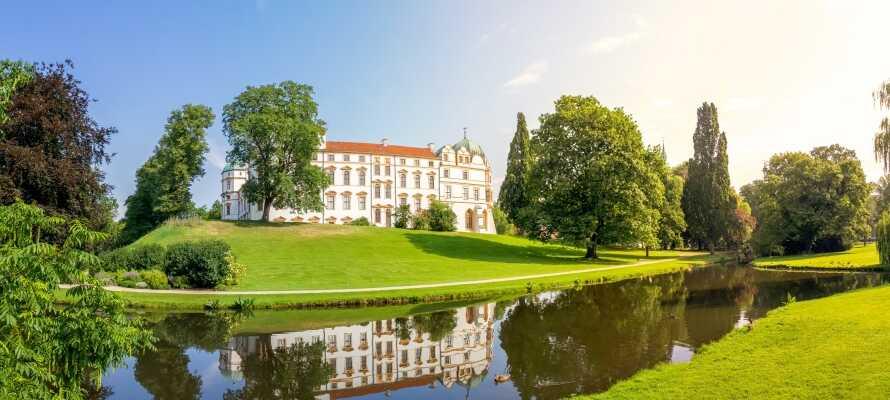 Opplev det sjarmerende gamle barokkslottet og tilhørende slottspark i Celle.