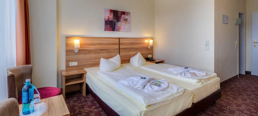 De hyggelige og moderne indrettede værelser giver jer behagelige rammer under opholdet.
