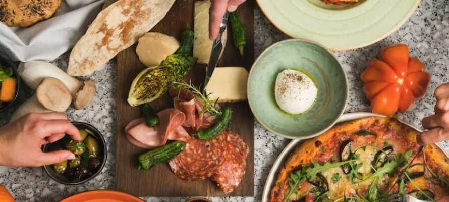Vistelsen inkluderar en 2-rätters meny på restaurang Filini där rätterna tillagas från de bästa råvarorna