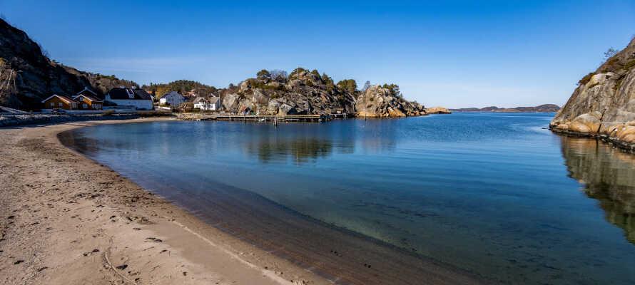 I finder både strande og smukke naturområder indenfor kort afstand af hotellet.