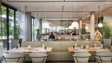 Hotellets restaurant byder på lækre måltider på højeste niveau.