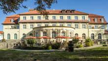 Kurhotel Fürstenhof ligger centralt i Harzen, og tilbyder en elegant atmosfære under opholdet.