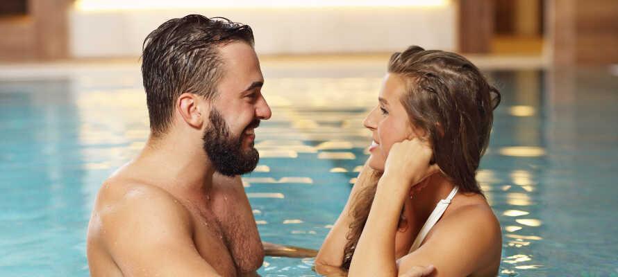 Tilbring nogle uforglemmelige dage med en romantisk parferie eller et wellnessophold på Romantisches Hotel Menzhausen.