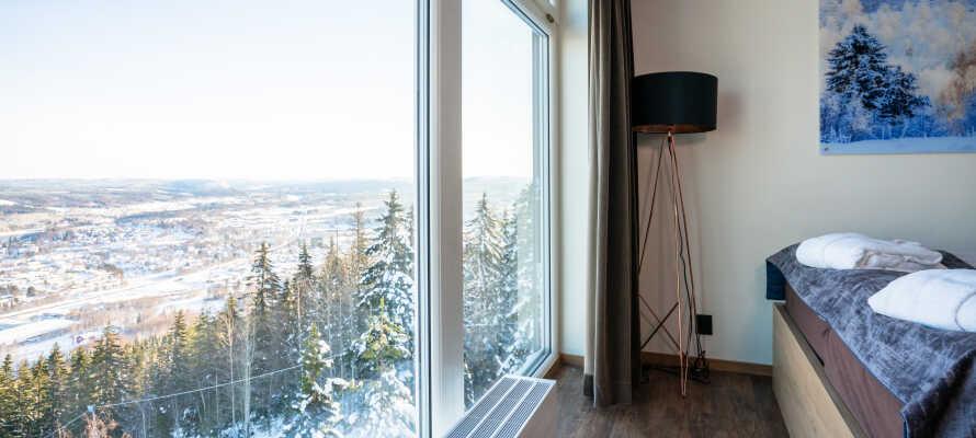 Från hotellet har ni en fantastisk utsikt över det omgivande landskapet