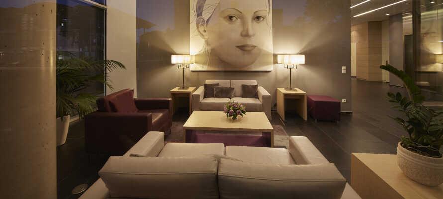 Nyd et ophold på det moderne 3-stjernede Ghotel & Living Koblenz, som har alt hvad I behøver under ferien.