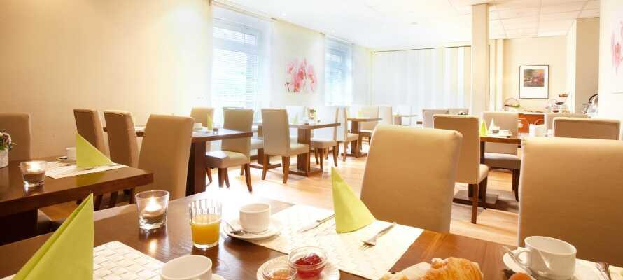 Start dagen med et lekkert frokostmåltid i hotellets hyggelige frokostrestaurant.