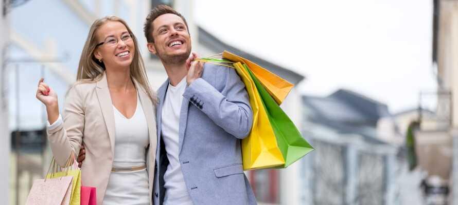 Missa inte att ta del av stadens shopping och leta efter fina erbjudanden i Neumünster.