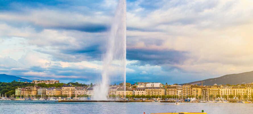 Genf ist u.a. bekannt für die maritime Umgebung am See, mit den Bergen im Hintergrund, und dem Seespringbrunnen, der bis zu 140 Meter hoch sprüht.