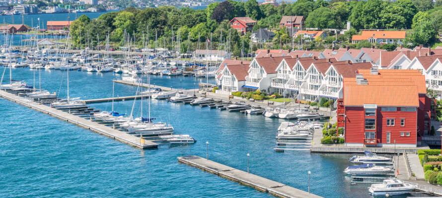 Besøg den smukke sydnorske by, Stavanger, som byder på maritim stemning og spændende seværdigheder.