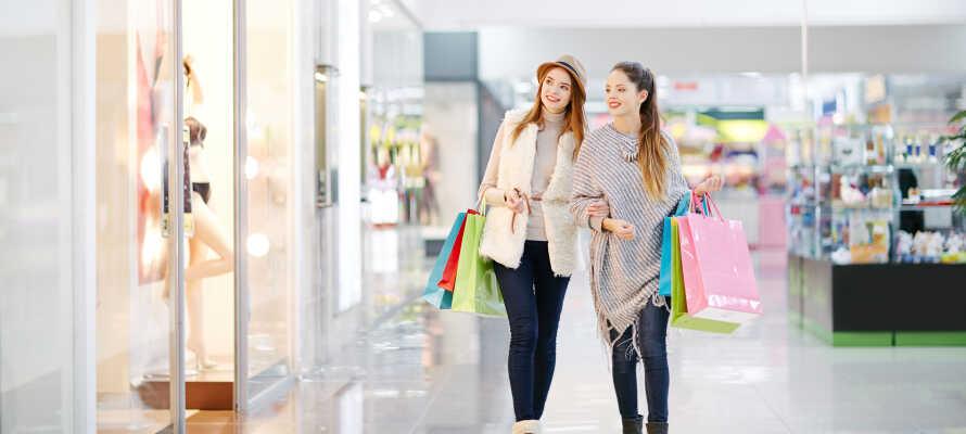 Dra på en alle tiders shoppingtur, f.eks. til Randers Storsenter, i Randers sentrum eller opplev de sjarmerende gågatene i Aarhus.
