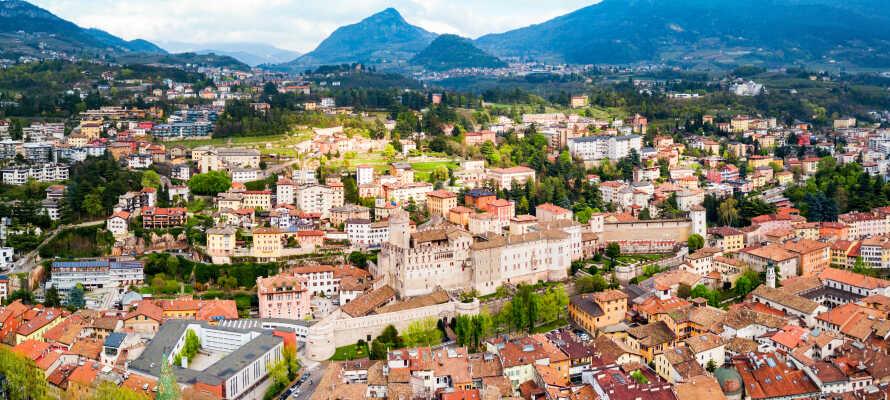 Besøg hovedbyen Trento, som gemmer på masser af spændende historie - ikke mindst i form af de gamle slotte.