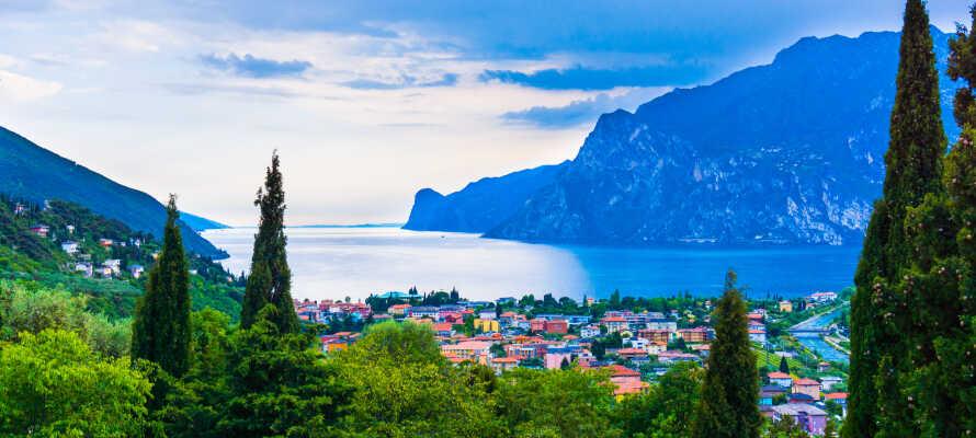 Hotellets placering giver jer oplagte muligheder for at besøge hovedbyen, Trento, eller køre en tur ned til Gardasøen.