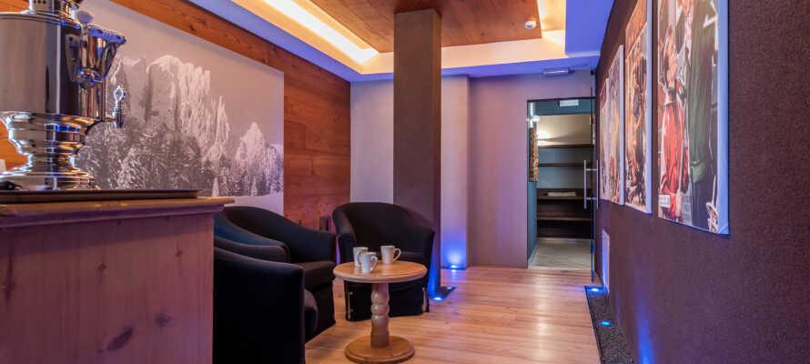 Hotellet har sit eget wellnessområde, hvor I bl.a. kan nyde livet med finsk sauna, infrarød kabine, tyrkisk bad, tea room og afslapningrum.