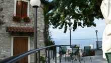Camping Wien byder velkommen til en herlig familieferie eller sommerferie ved Gardasøen.