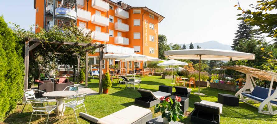 Bio Hotel Elite tilbyder alletiders kombination af bjerge, søer, wellness og dejlig mad i den norditalienske kurby, Levico Terme.