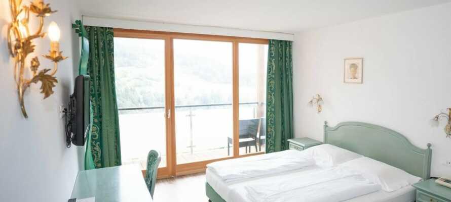Komfortabelt indrettede værelser og ægte sydtyrolsk gæstfrihed venter jer på Hotel Panoramik.