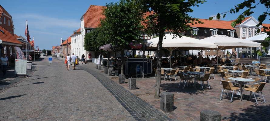 Hotel Ringkøbing bjuder på goda möjligheter för en härlig minisemester i charmiga omgivningar vid Ringkøbing Fjord.