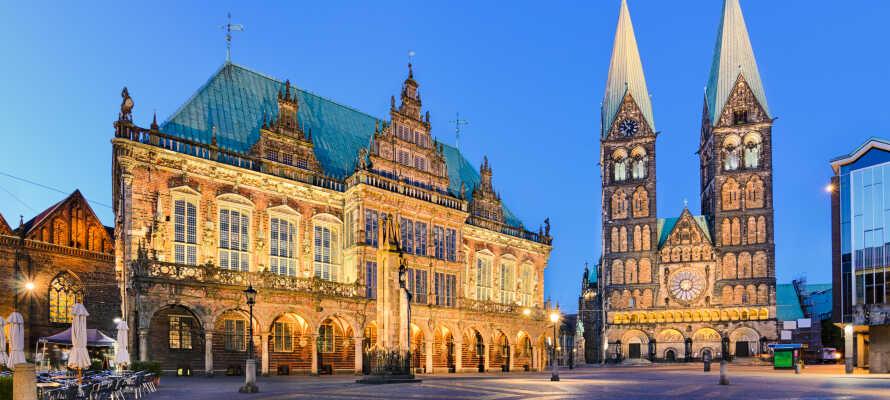 Opplev storbystemningen i Bremen på den store markedsplassen.
