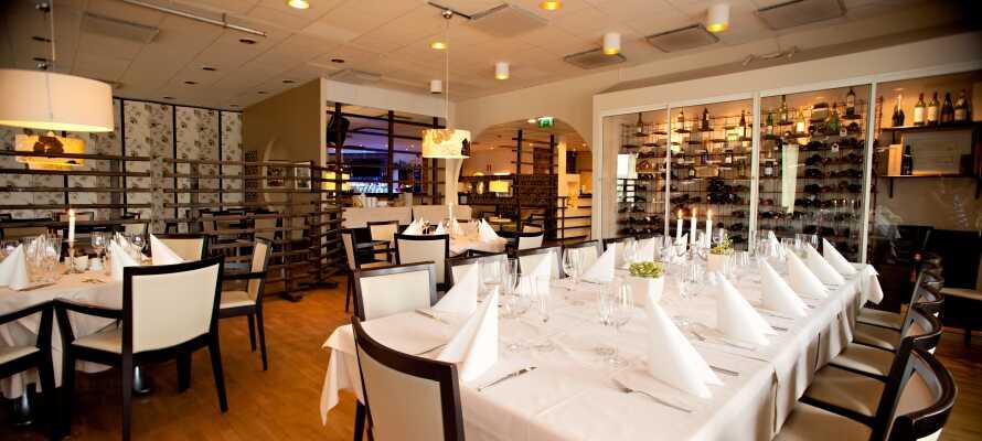 Nyd et herligt ophold i Fagersta med dejlige måltider i hotellets nyåbnede hyggelige bistro.