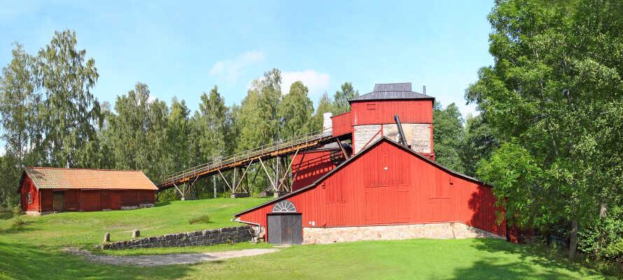 I Ängelsberg lidt øst for hotellet, finder I et UNESCO-listet gammelt jernværk og olieøen, som er verdens ældste bevarede olieraffinaderi.