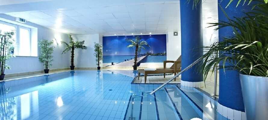 Under Jeres ophold kan I frit benytte hotellets lækre swimmingpool og saunaen.