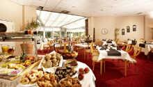 Få en god start på dagen med hotellets store frokostbuffet